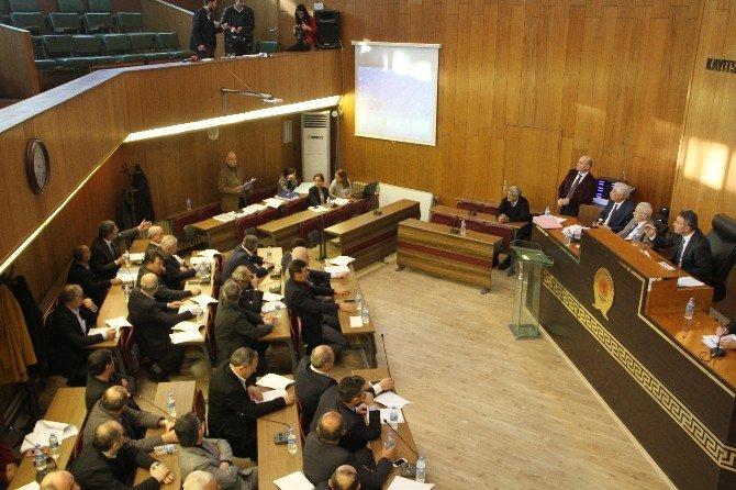 Mecliste Çakır Ve Erbay Tartışması