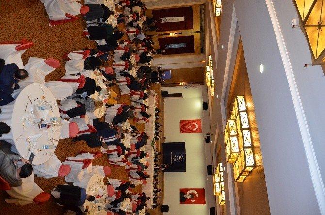 Balıkesirli Sanayiciler Edremit'te Toplandı