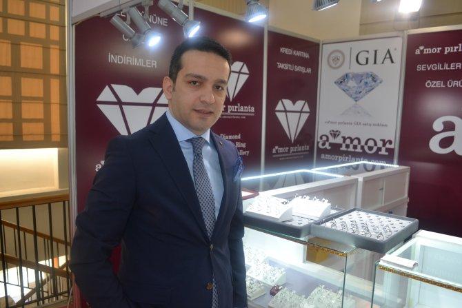 Mücevherde 14 Şubat fırsatı; 350 liraya tek taş