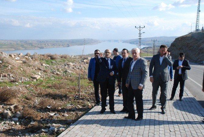 Vali Demirtaş'tan Kahta İlçesine Ziyaret