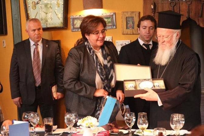 Konak Belediyesi, Patrik Bartholomeos onuruna yemek verdi