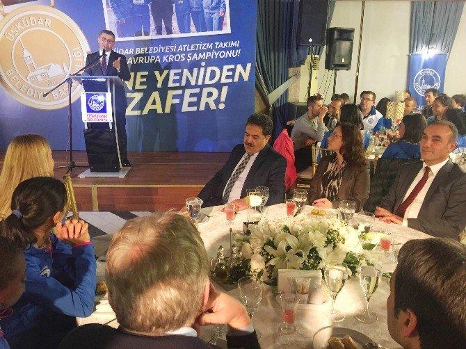 Avrupa Şampiyonu Bayan Kros Takımı Ödüllendirildi