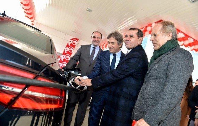Başkan Demircan, Dursun Özbek'le Açılışa Katıldı
