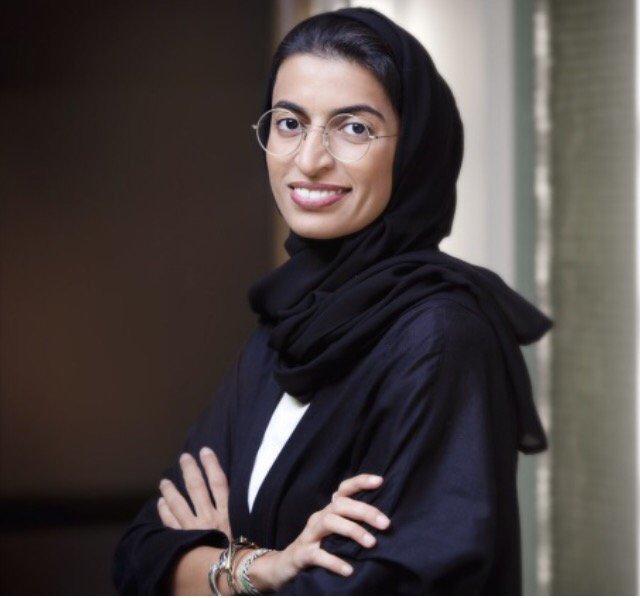 Arap Emirlikleri, kadın bakanla mutlu olacak