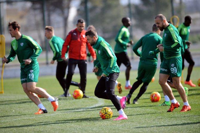Bursaspor, Gençlerbirliği hazırlıklarını sürdürdü