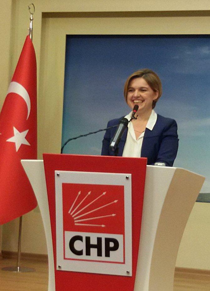 CHP'li Böke'den vaftiz edildiği haberine tepki: Nefret suçu işlendi