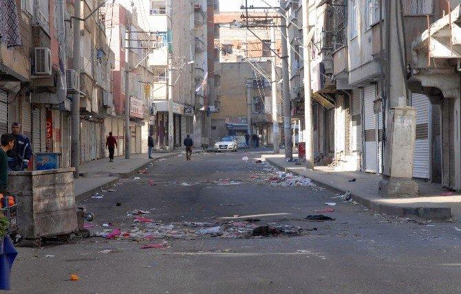 Diyarbakır 'Çöp' Kente Büründü