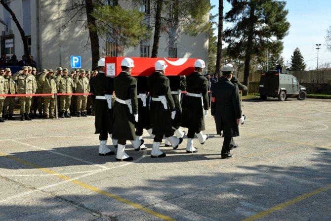 Sur şehidi Özel Kuvvetlerde görevli Deniz Yüzbaşı Yaşar için tören yapıldı