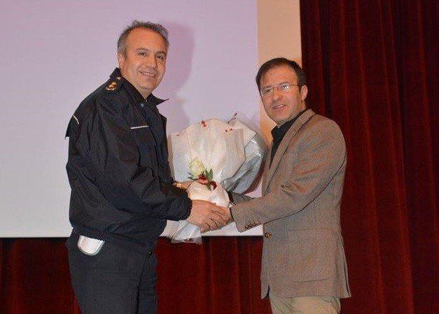 Emniyet Personeline 'İletişim Ve Stres Yönetimi' Semineri Verildi