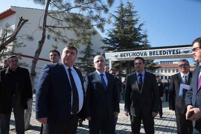 Vali Tuna Beylikova'yı Ziyaret Etti