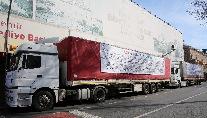 Fatih'ten Bayır-bucak'taki Türkmenlere Beş Tır Dolusu Yardım