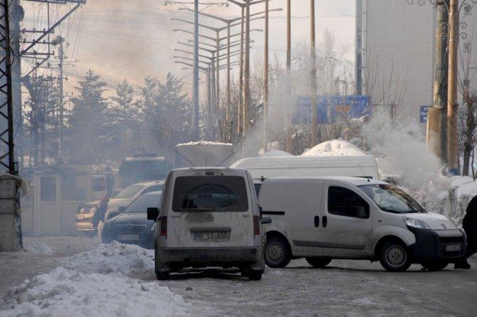 Askeri konvoyun geçişi sırasında olaylar çıktı