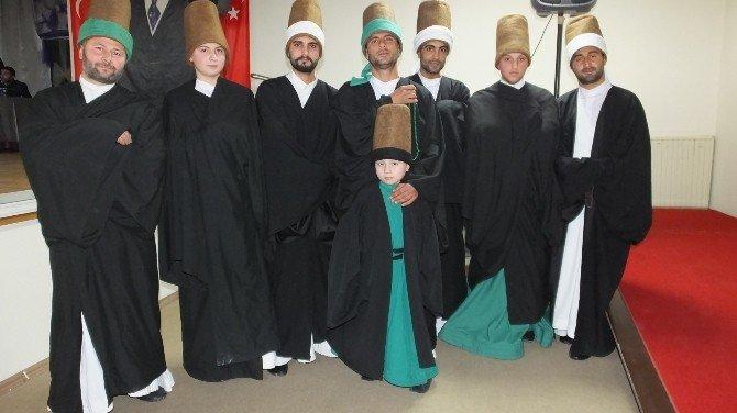 Burhaniye'de Sahneye Çıkan 7 Yaşındaki Semazene Büyük İlgi Gördü