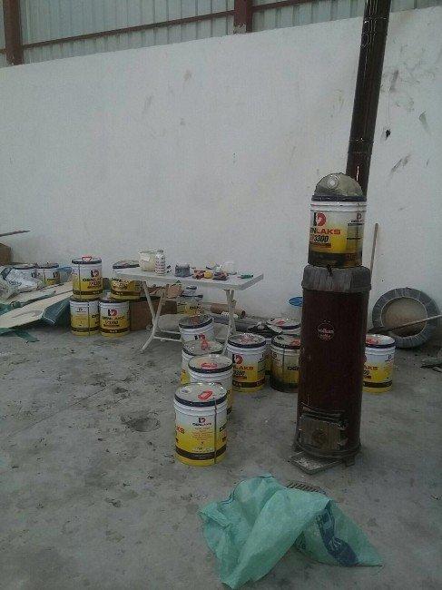 İnsan Kaçakçılarının Bot İmalathanesine Operasyon