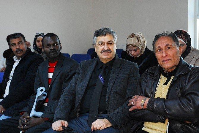 Karaman'da Kent Konseyi Sığınmacılar İçin Dil Kursu Açtı