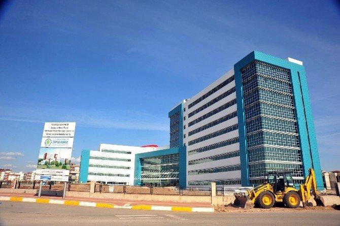 Tütüncü, Sütçüler Devlet Hastanesi İnşaatını İnceledi