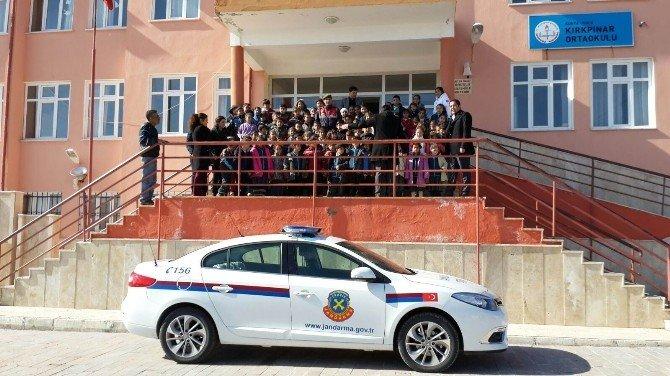 Kulu'da Jandarma Trafik Eğitimlerine Devam Ediyor