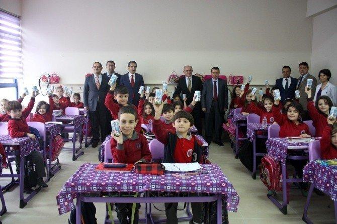 Trabzon'da Okullarda Süt Dağıtımına Başlandı