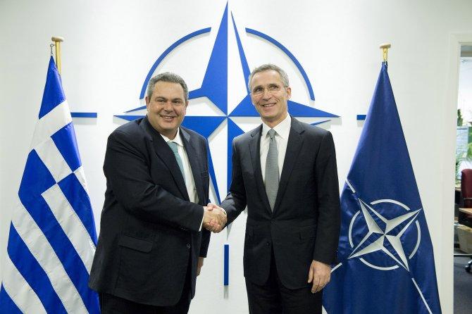 NATO Genel Sekreteri, Yunan savunma bakanı ile görüştü
