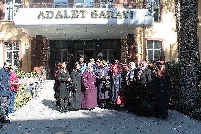 AK Partili Kadınlar Kılıçdaroğlundan Şikayetçi Oldu