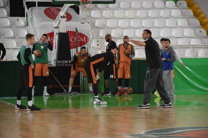 Akın Çorap Yeşilgiresun Belediyespor'un Yeni Başantrenörü İlk İdmana Çıktı