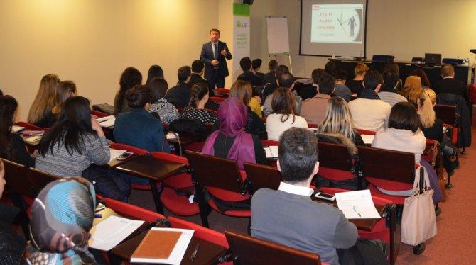 UHKİB'den etkili zaman yönetimi semineri