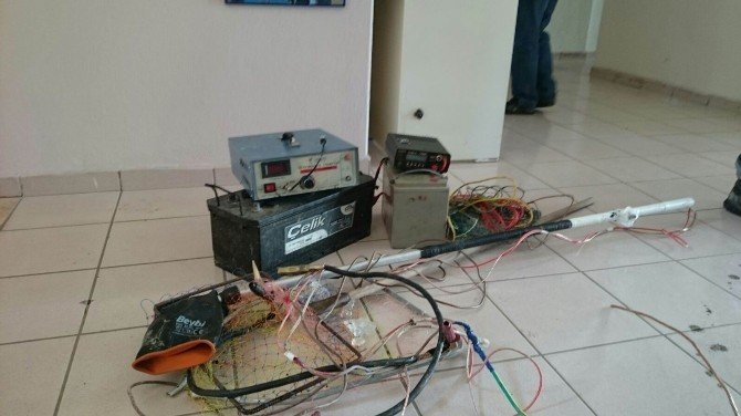 Beyşehir Gölü'nde Elektroşoklu Avlanmaya Şok Baskın