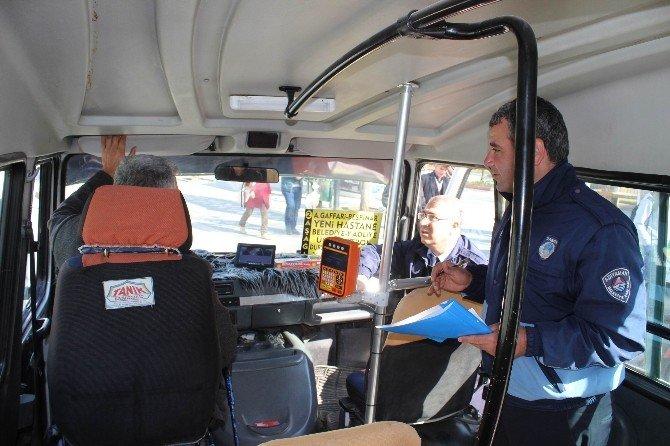 Zabıta Şehiriçi Minibüsleri Denetledi