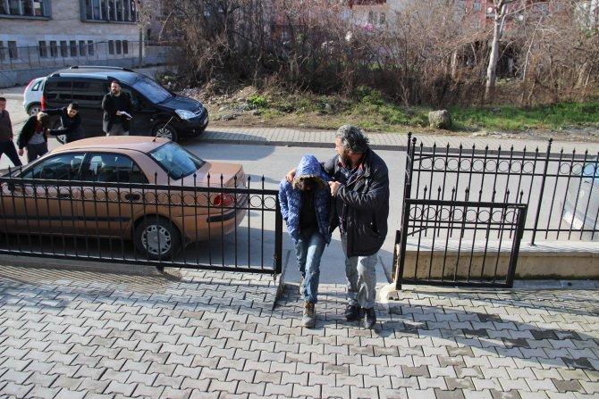 Ereğli'de çaldılar, Akçakoca'da gezerken yakalandılar