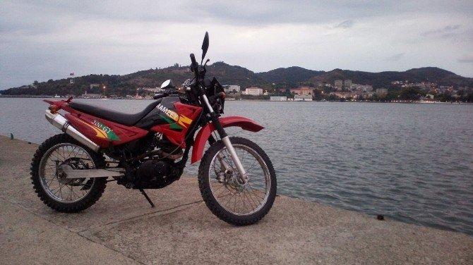 Motosiklet Hırsızları MOBESE'ye Takıldı