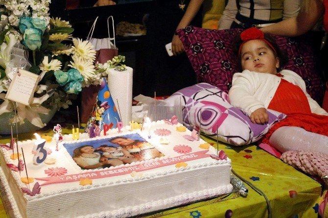 Tay-sachs Hastası Minik Azra'ya Doğum Günü Sürprizi