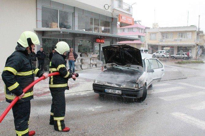 Manavgat'ta Araç Yangını