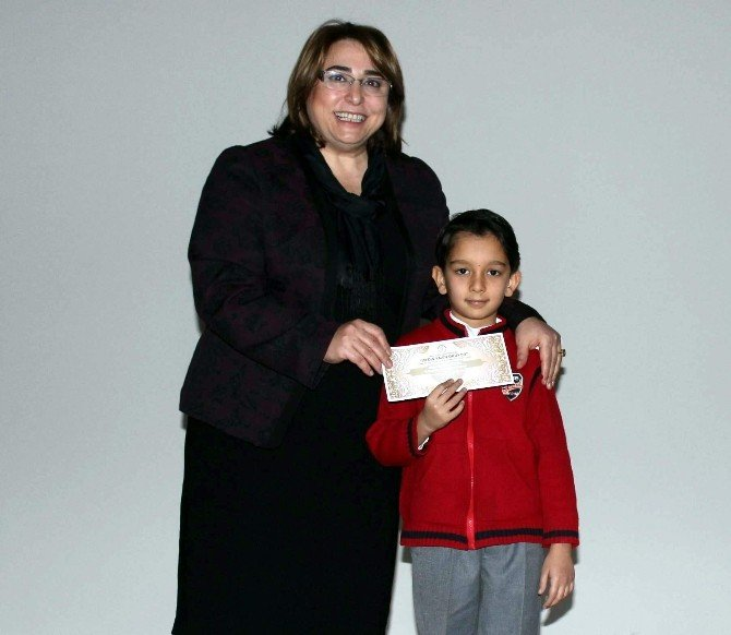 'Aydın Yazın Okuyor' Projesinde Ödüller Sahiplerini Buldu