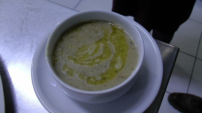 Karadenizli Aşçı Mısır Unlu Fındık Çorbası Yaptı