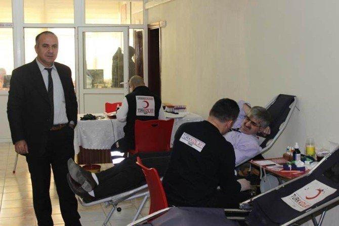 Beyşehir'de Hükümet Binasında Kan Bağışı Kampanyası