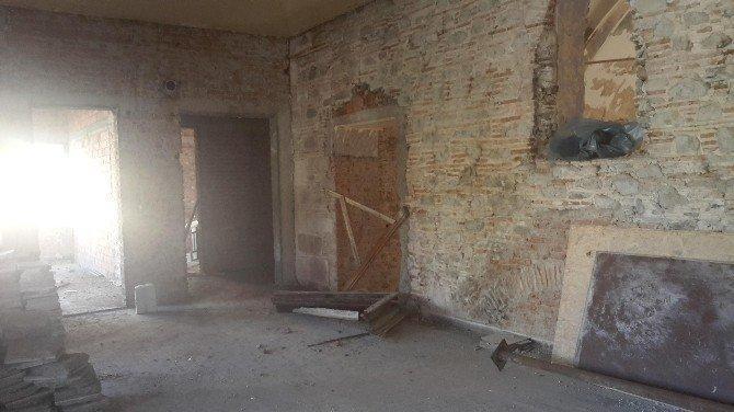 Eski Ermeni Kilisesi Sanat Merkezi Oluyor