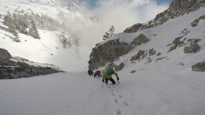 Bursalı Dağcılar Alp'lere Tırmanacak