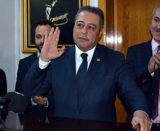 """""""Maraşlılar'dan Başbakan'a zarar gelmez, yüz korumayla gezmesine gerek yok"""""""