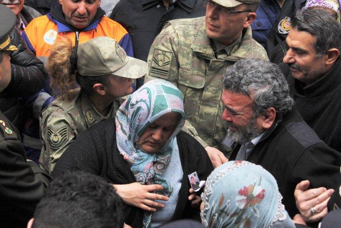 Şehit Kadir Genç, dualarla son yolculuğuna uğurlandı