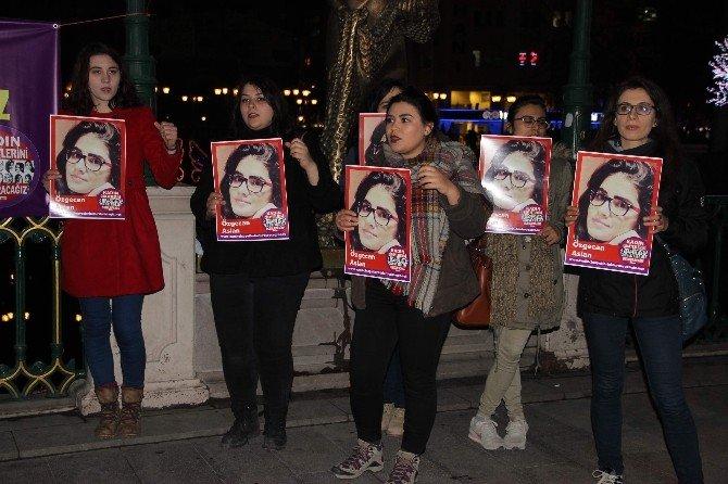 Eskişehir'de Kadınlar Özgecan Aslan'ı Andı