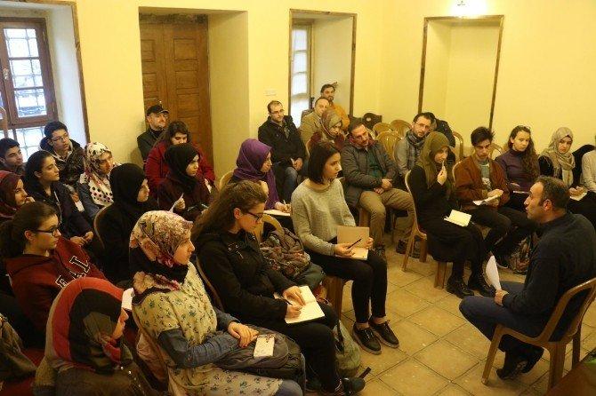 """Emrah Ayhan: """"Aklımıza Ve Gönlümüze Vurulan Kilitleri Kırmalıyız"""""""