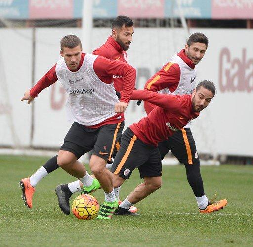 Galatasaray, Mersin İdmanyurdu maçı hazırlıklarına başladı
