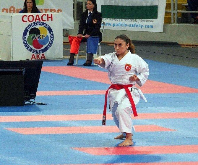 Gaziosmanpaşa'nın Başarılı Sporcusu, Avrupa'da Türkiye'nin Gururu Oldu