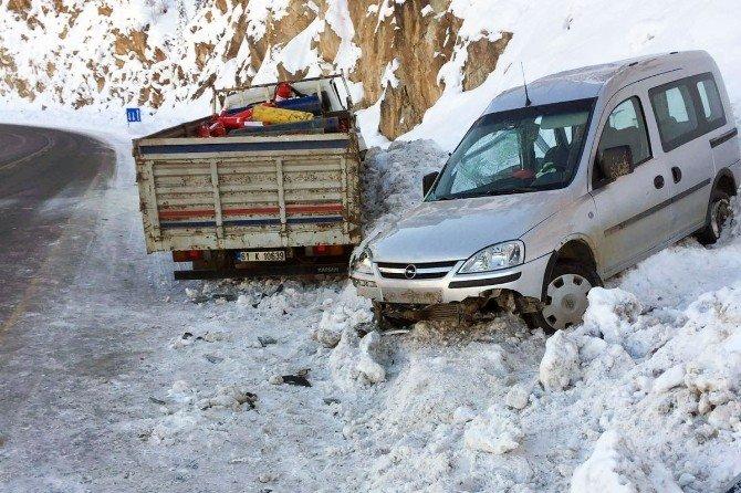 Zigana Dağı'nda Kaza: 1 Ölü, 2 Yaralı