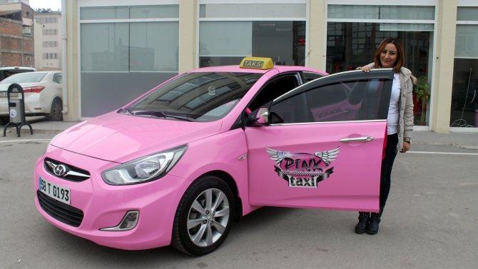 Sivas'ta kadınlara özel 'pembe taksi' uygulaması