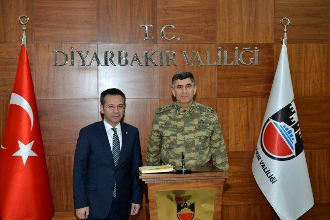 Kara Kuvvetleri Komutanı Çolak Diyarbakır'da