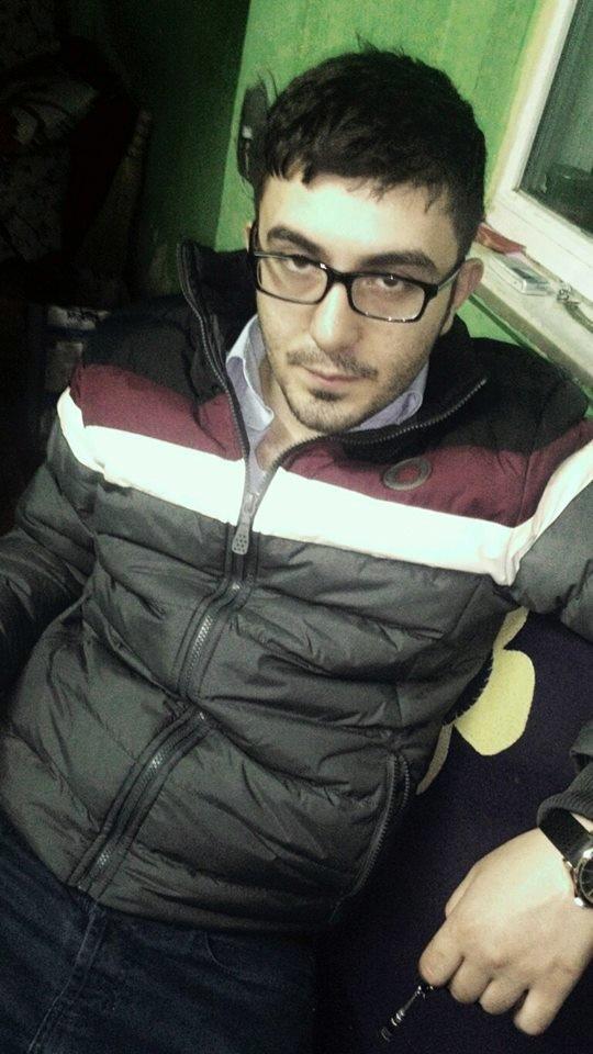 Polis babasını öldürdü, 2 kişiyi yaraladı, intihar etti