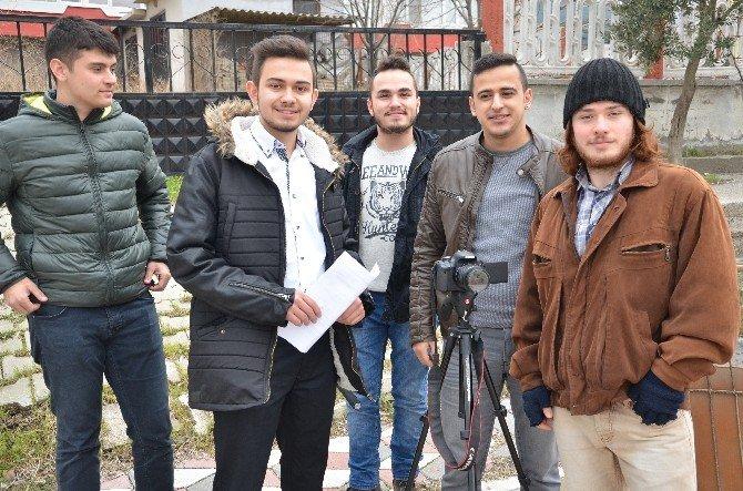 Somalı Gençler O Yarışmaya Hazırlanıyor