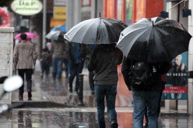 Adana İki Gün Daha Yağışlı
