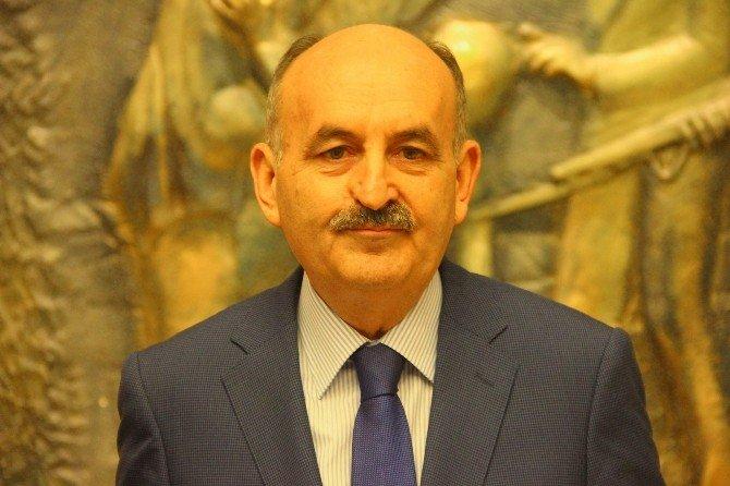 Bakan Müezzinoğlu, Gaziantep Valiliğini Ziyaret Etti